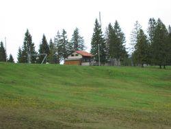 Skihütte im Sommer